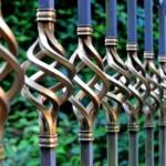 Brama rolowana (roletowa) – wymagania montażowe; wokół otworu