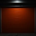 Brama garażowa segmentowa – zalety i wady